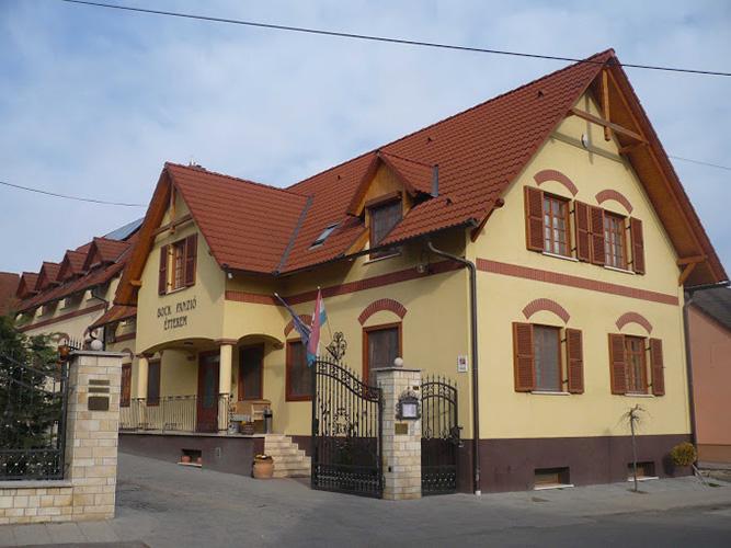 48-Bock-Ermitage-2